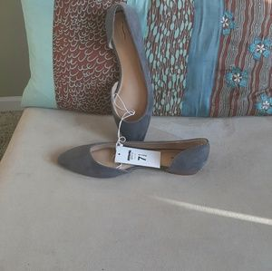 Mossimo NWT gray flat shoes. Sz 7.5